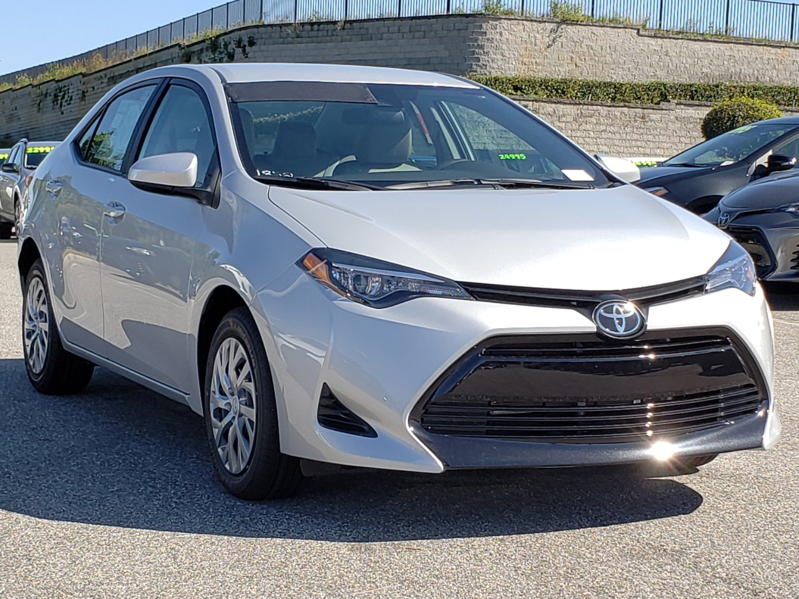 New 2019 Toyota Corolla Le 4dr Car In Clermont 9180101 Toyota Of