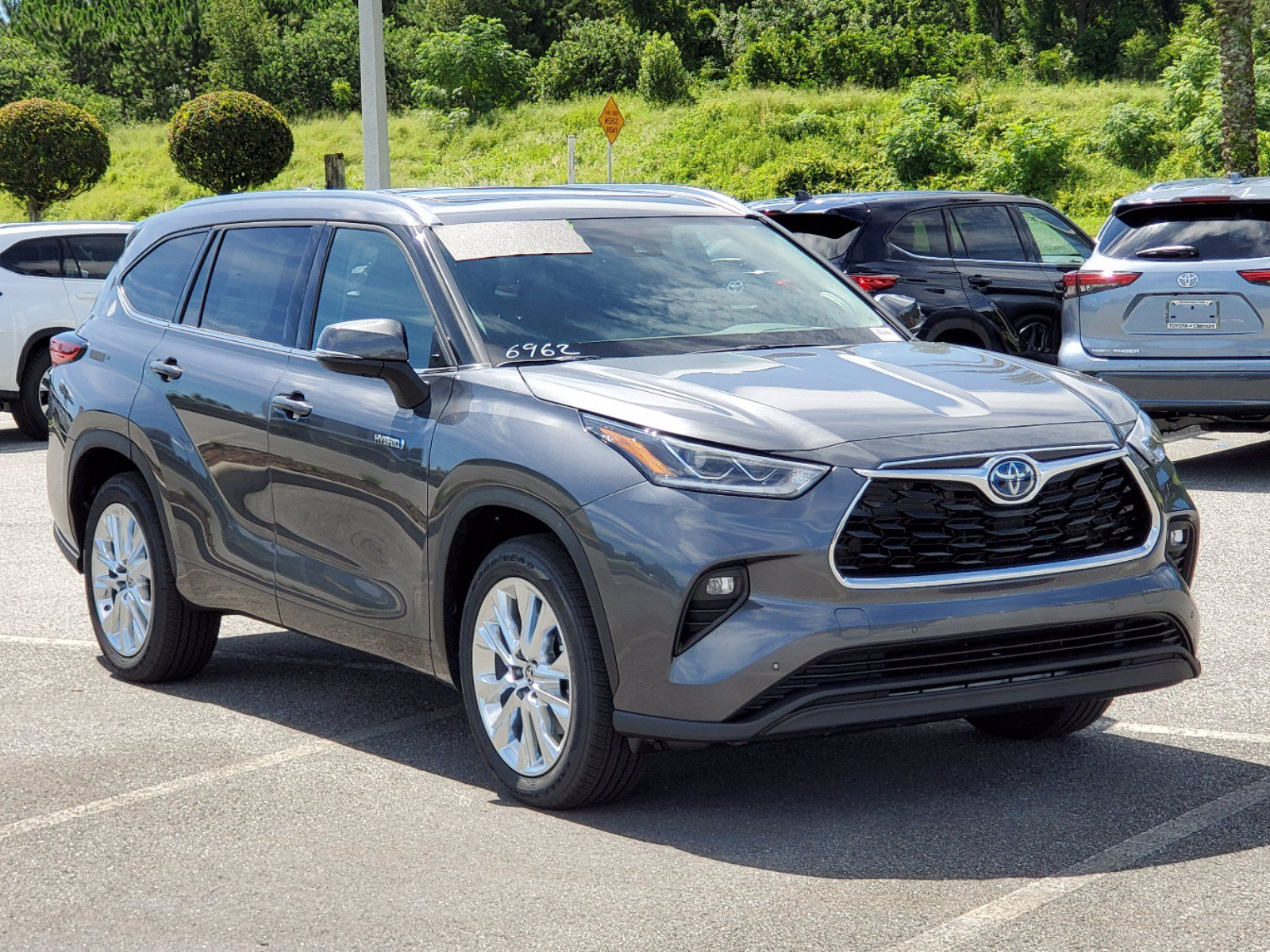 New 2020 Toyota Highlander Hybrid Hybrid Limited