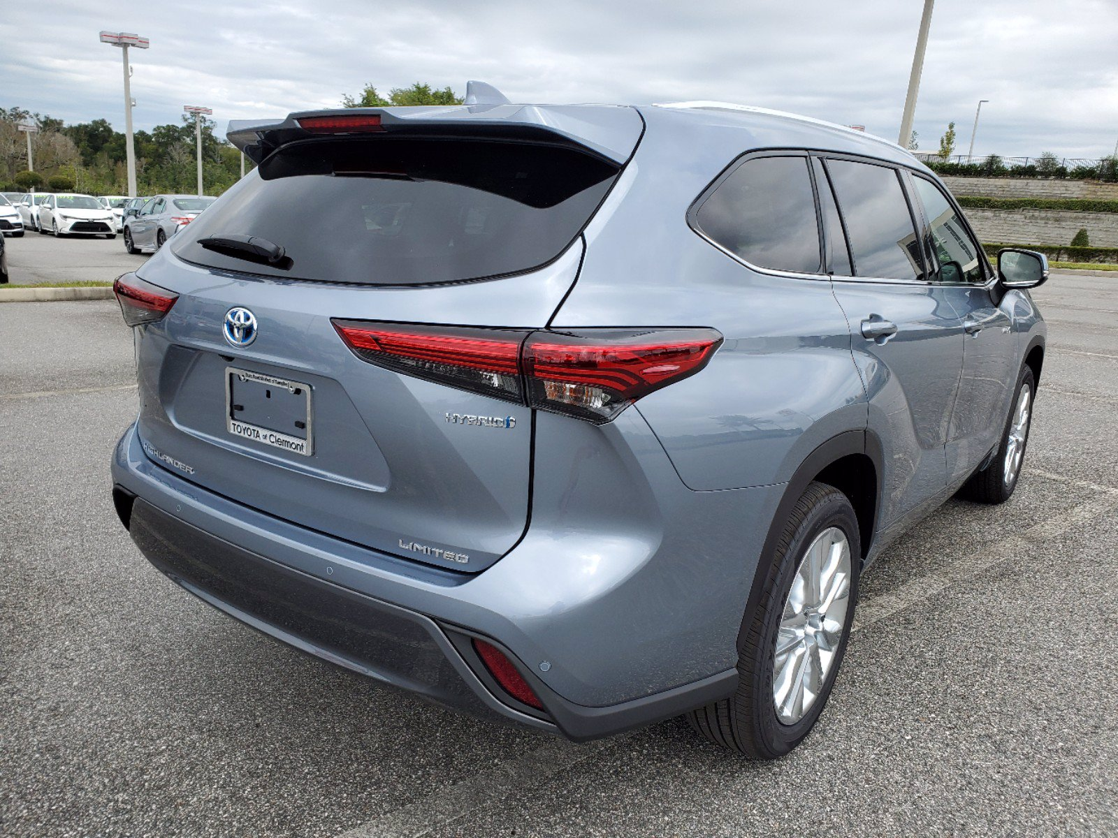 new 2021 toyota highlander hybrid hybrid limited 5 in