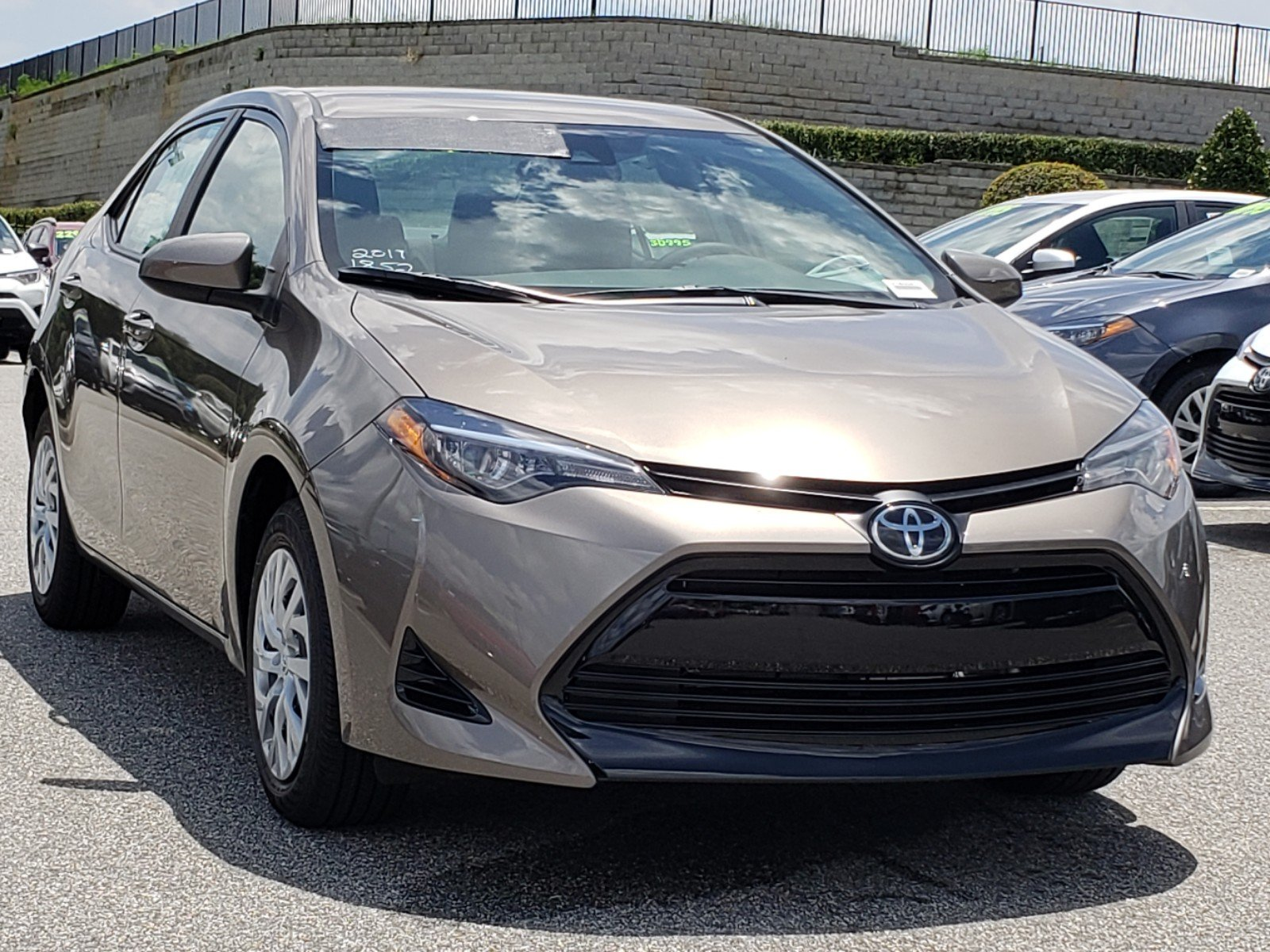 New 2019 Toyota Corolla Le 4dr Car In Clermont 9180041 Toyota Of