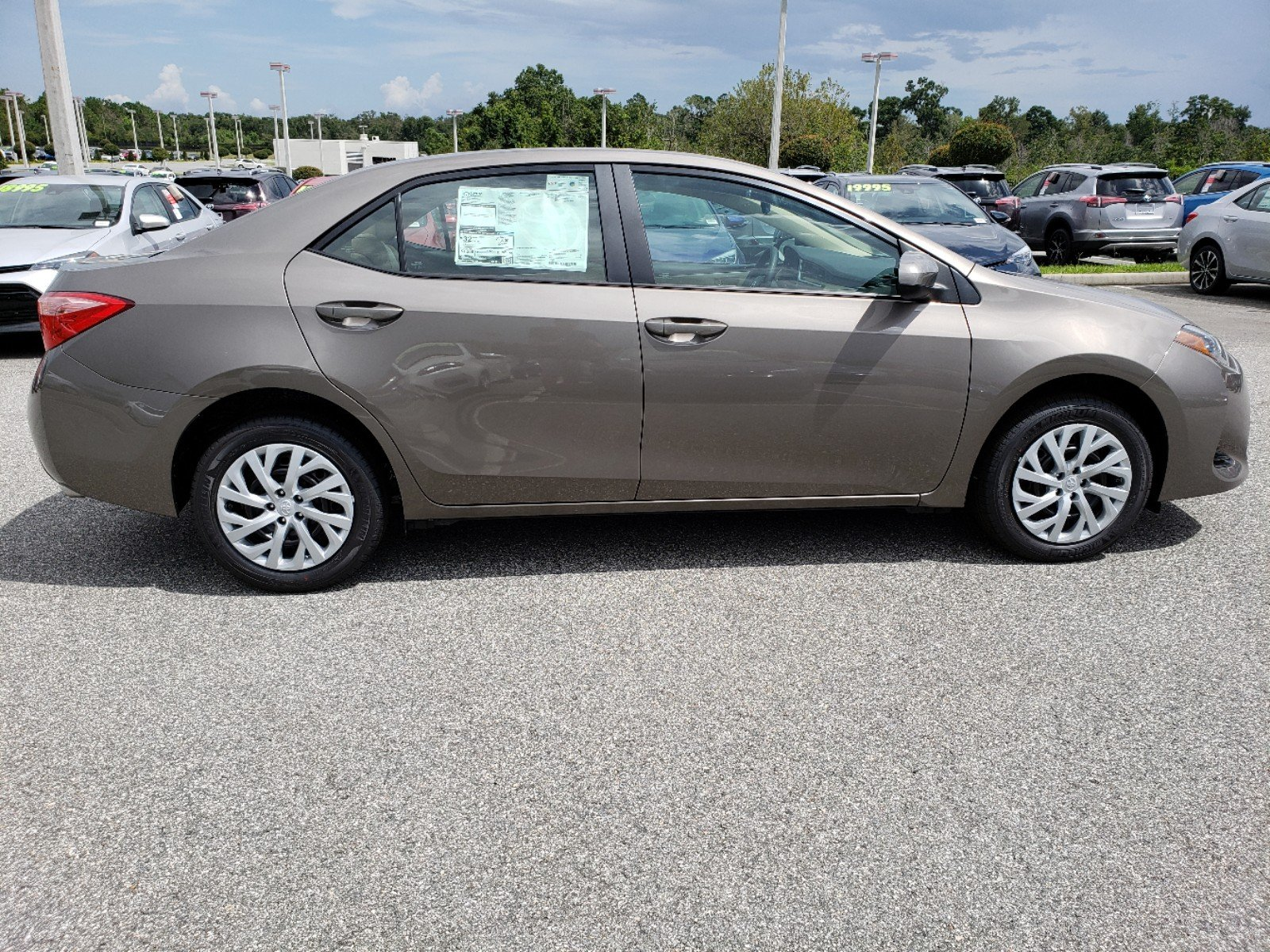 New 2019 Toyota Corolla Le 4dr Car In Clermont 9180009 Toyota Of